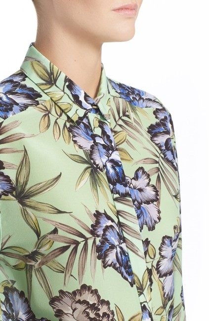Alice + Olivia And Floral Silk Top Green Image 4