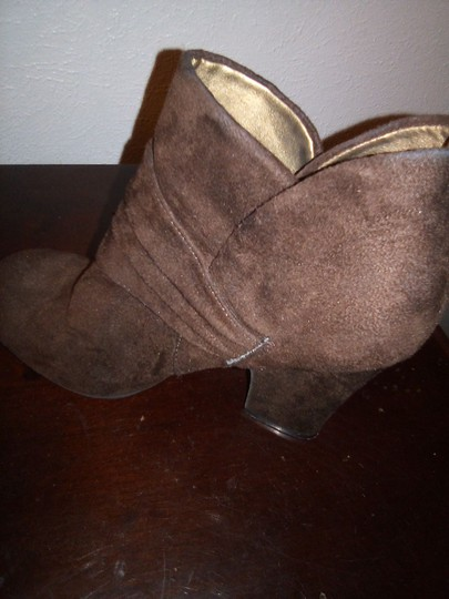 American Eagle Outfitters Suede Ankle Brown Boots Image 5