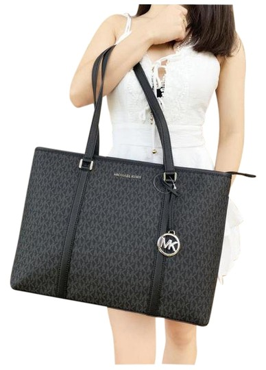 Preload https://img-static.tradesy.com/item/25897302/michael-kors-sady-large-multifunctional-top-zip-mk-laptop-black-tote-0-1-540-540.jpg