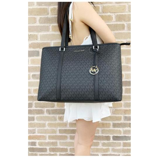 Michael Kors Womens Tote in Black Image 5