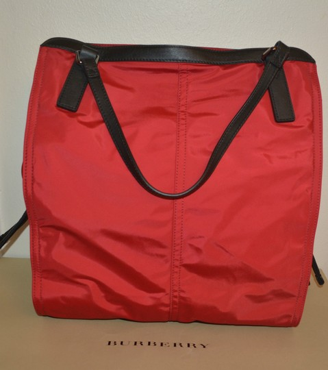 Burberry Purse Purse Handbag Tote in Military Red Image 2