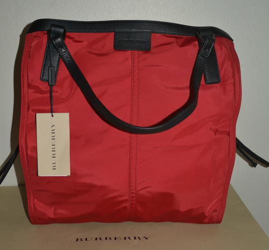 Burberry Purse Purse Handbag Tote in Military Red Image 3