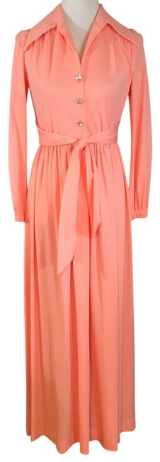 Preload https://img-static.tradesy.com/item/25897427/peach-1970-s-long-casual-maxi-dress-size-4-s-0-1-650-650.jpg