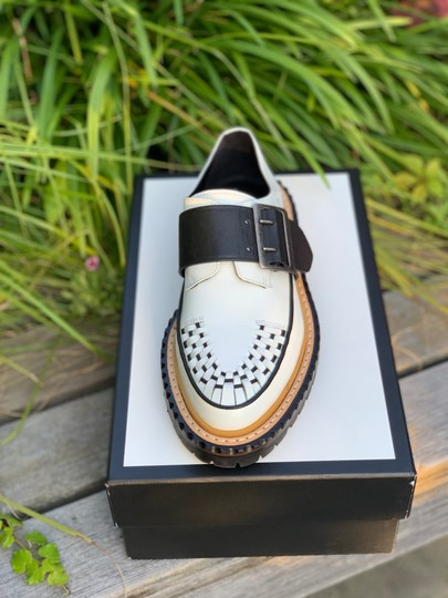 Burberry Leather white and black Flats Image 2