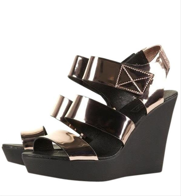 Item - Gold Whizzkid Clean Wedges Size EU 41 (Approx. US 11) Regular (M, B)