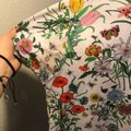 Gucci T Shirt Floral Pattern Image 1