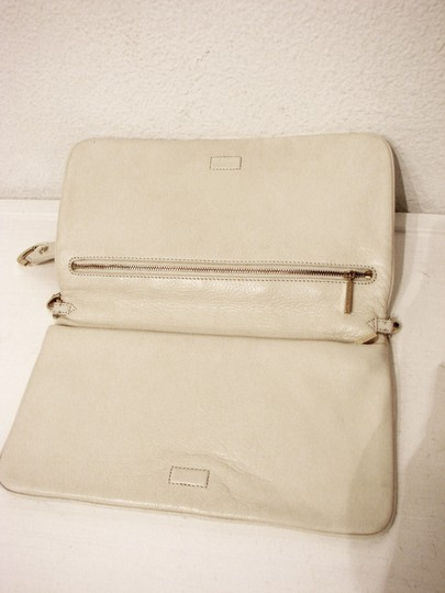 Tory Burch Off White Clutch Image 5