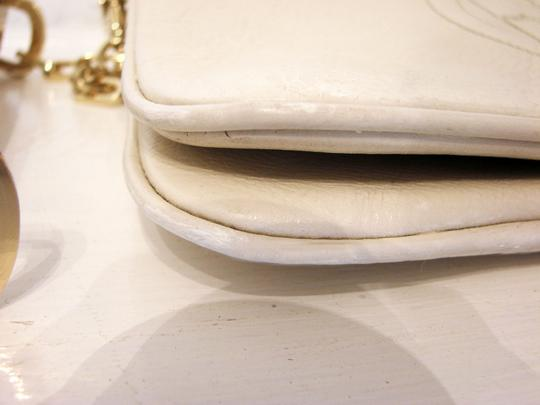 Tory Burch Off White Clutch Image 8