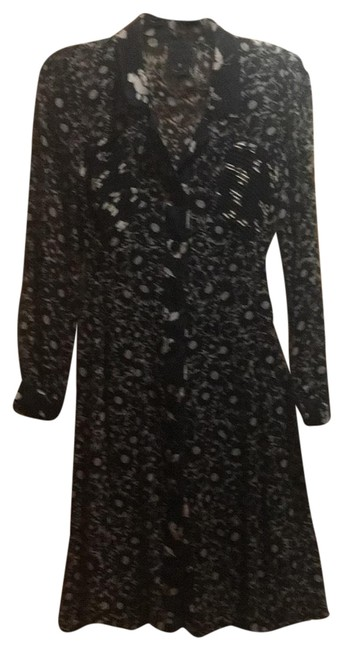 Preload https://img-static.tradesy.com/item/25897561/anna-sui-black-and-creme-mid-length-workoffice-dress-size-2-xs-0-1-650-650.jpg