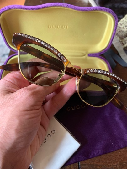 Gucci Authentic Gucci 41mm cat eyes crystals Acetate Sunglasses Image 3