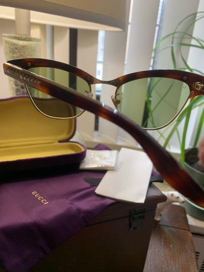 Gucci Authentic Gucci 41mm cat eyes crystals Acetate Sunglasses Image 6