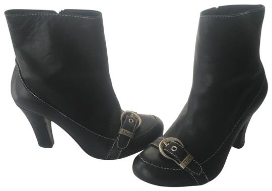 Preload https://img-static.tradesy.com/item/25897690/dior-black-logo-ankle-bootsbooties-size-us-9-regular-m-b-0-4-540-540.jpg