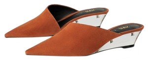 Zara Leather Methacrylate Transparent Wedges