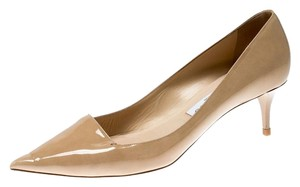 Jimmy Choo Patent Leather Pointed Toe Leather Beige Pumps