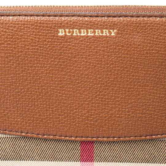 Burberry Brown House Check Canvas and Leather Elmore Zip Round Wallet Image 5