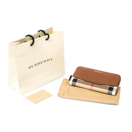 Burberry Brown House Check Canvas and Leather Elmore Zip Round Wallet Image 6