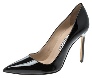 Manolo Blahnik Patent Leather Pointed Toe Leather Black Pumps