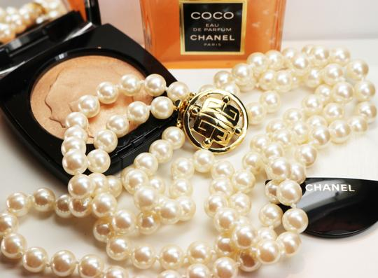 Givenchy Givenchy Triple Strand White Pearl Choker with Logo Clasp Image 1