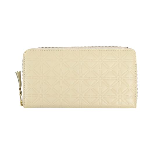Preload https://img-static.tradesy.com/item/25900339/comme-des-garcons-cream-leather-star-embossed-wallet-0-0-540-540.jpg
