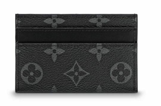 Preload https://img-static.tradesy.com/item/25901071/louis-vuitton-black-gray-porte-lv-card-holder-cartes-double-monogram-eclipse-wallet-0-0-540-540.jpg