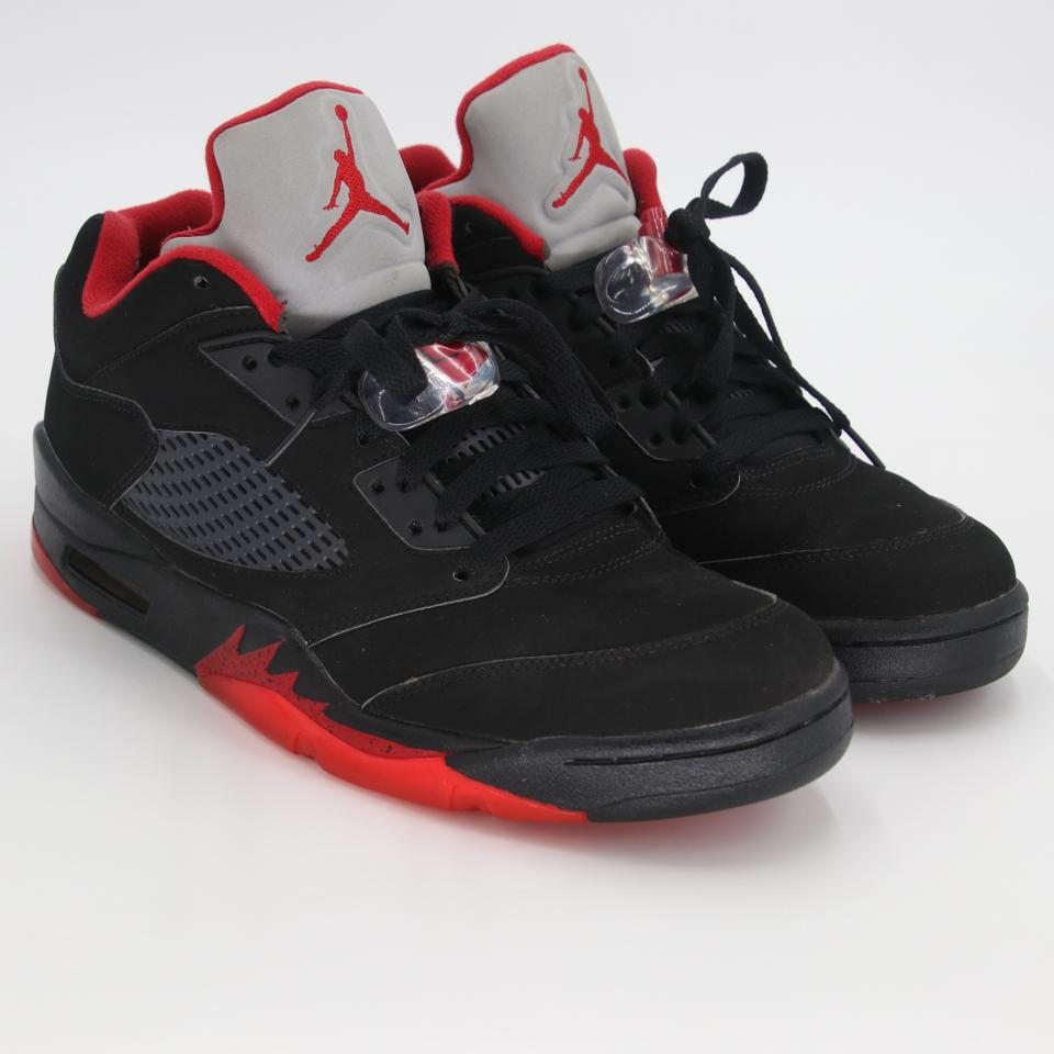 competitive price 47bd6 77546 Air Jordan Black Red Grey 5 Retro Men's Low Top Alternate 90 Sneakers Size  US 9.5 Regular (M, B)
