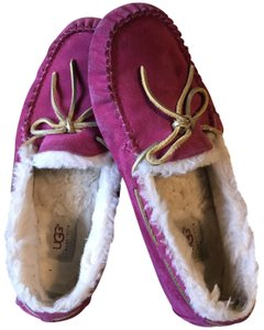UGG Australia Slippers House Comfort Comfy House Slippers Hot Pink Mules