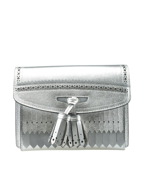 Preload https://img-static.tradesy.com/item/25903394/burberry-small-macken-176087-silver-leather-cross-body-bag-0-0-540-540.jpg