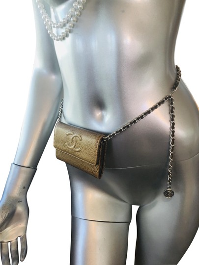 Preload https://img-static.tradesy.com/item/25905070/chanel-silver-bag-belt-0-1-540-540.jpg