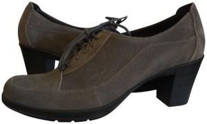 Clarks Gray suede Boots