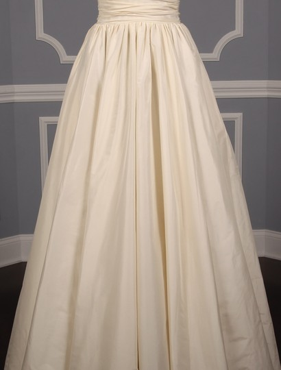 Lea-Ann Belter Ivory Silk Taffeta Madeleine Formal Wedding Dress Size 6 (S) Image 3