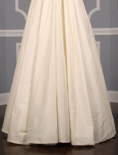 Lea-Ann Belter Ivory Silk Taffeta Madeleine Formal Wedding Dress Size 6 (S) Image 4