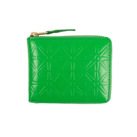 Preload https://img-static.tradesy.com/item/25910189/comme-des-garcons-green-leather-star-embossed-small-wallet-0-0-540-540.jpg