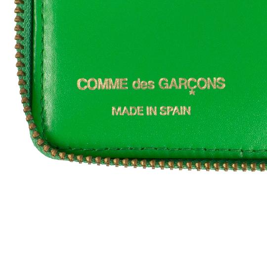 COMME des GARÇONS Leather Star Embossed Small Wallet Image 4