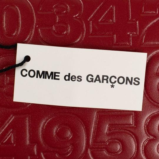 COMME des GARÇONS Leather Number Embossed Slim Wallet Image 5