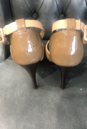 Steve Madden patent tan and brown Sandals Image 4