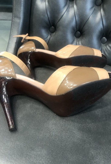 Steve Madden patent tan and brown Sandals Image 5