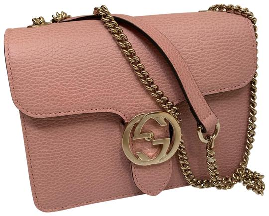 Preload https://img-static.tradesy.com/item/25911301/gucci-gg-pink-leather-cross-body-bag-0-2-540-540.jpg