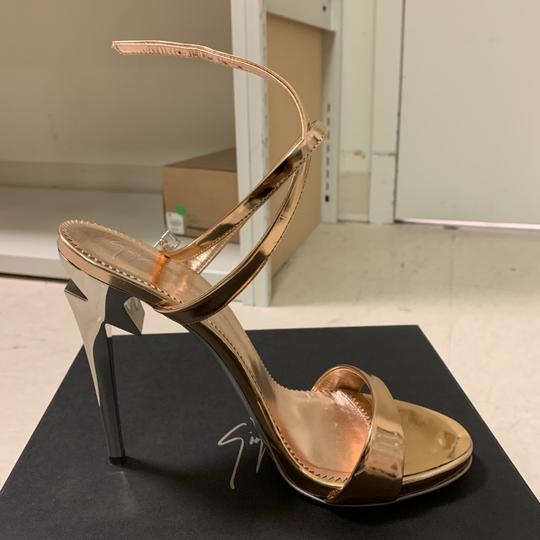 Giuseppe Zanotti Designer New Classic Signature Party Rose Gold Sandals Image 2