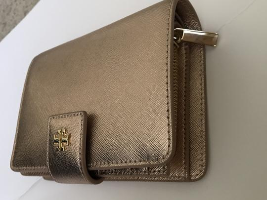 Tory Burch Robinson French Fold Wallet Saffiano Leather Image 2