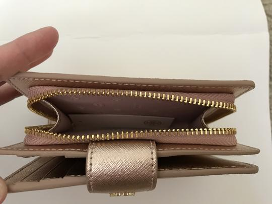 Tory Burch Robinson French Fold Wallet Saffiano Leather Image 4