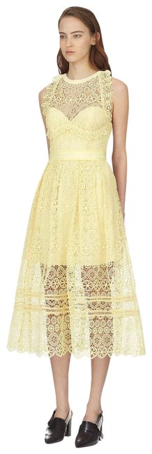 Item - Yellow Lace Midi Mid-length Cocktail Dress Size 8 (M)