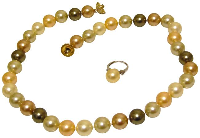 Item - Goldtone/.925 Faux Pearl Multi and Ring Set Necklace