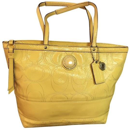 Preload https://img-static.tradesy.com/item/25914441/coach-stitched-signature-yellow-patent-leather-tote-0-1-540-540.jpg