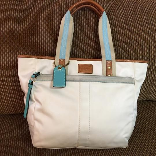 Coach Tote in White Image 8