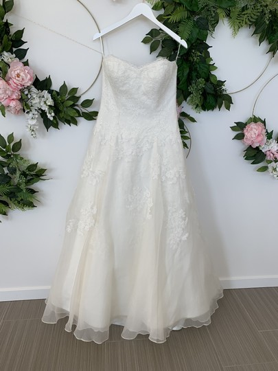 Preload https://img-static.tradesy.com/item/25914514/watters-and-watters-bridal-ivory-lace-and-silk-organza-devenport-feminine-wedding-dress-size-10-m-0-0-540-540.jpg