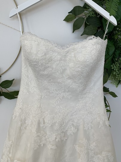 Watters & Watters Bridal Ivory Lace and Silk Organza Devenport Feminine Wedding Dress Size 10 (M) Image 1