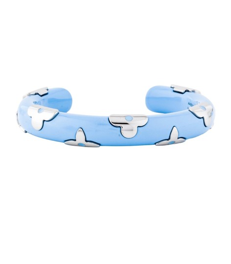 Preload https://img-static.tradesy.com/item/25914524/louis-vuitton-blue-in-stores-baby-and-silver-daily-monogram-bracelet-0-0-540-540.jpg