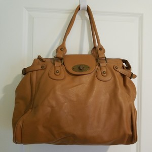 Forever 21 Tote in Light brown