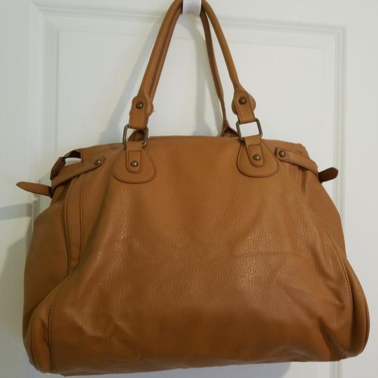Forever 21 Tote in Light brown Image 1