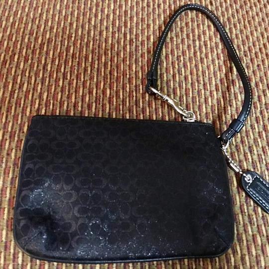 Coach Wristlet in Black Image 4